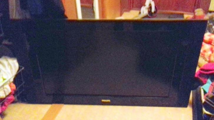 Äldre LCD TV  42 tum