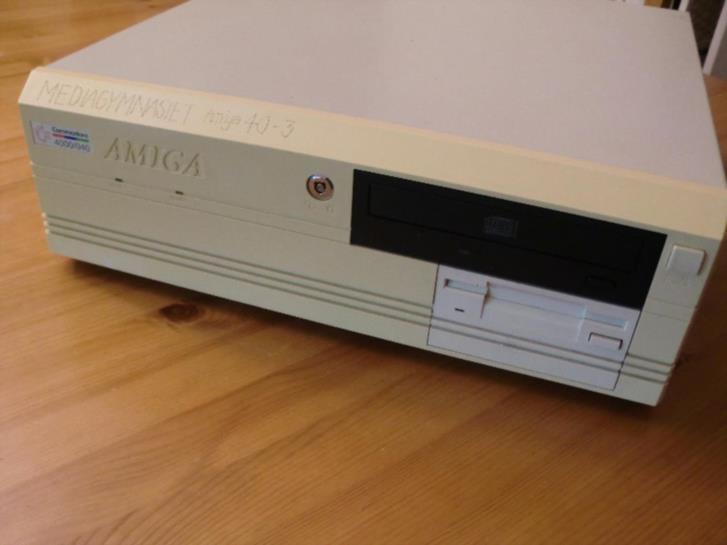 Amiga 4000/30 dator - defekt