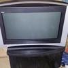 """TjockTV Sony 32"""" + tv-bänk"""