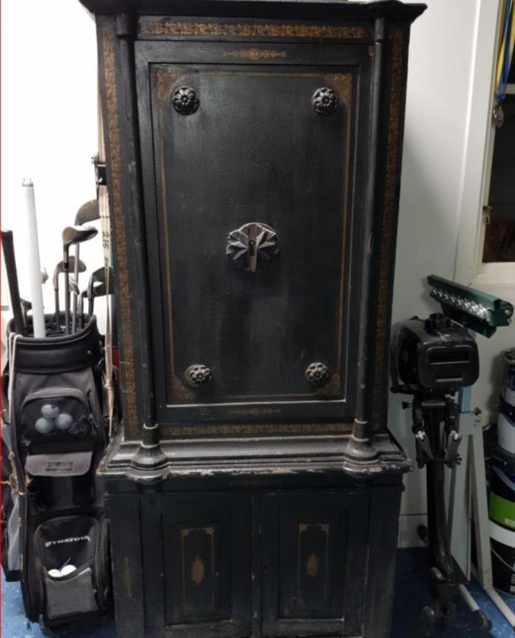 Antikt kassaskåp