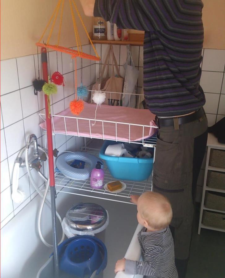 Skötbord + babysitter