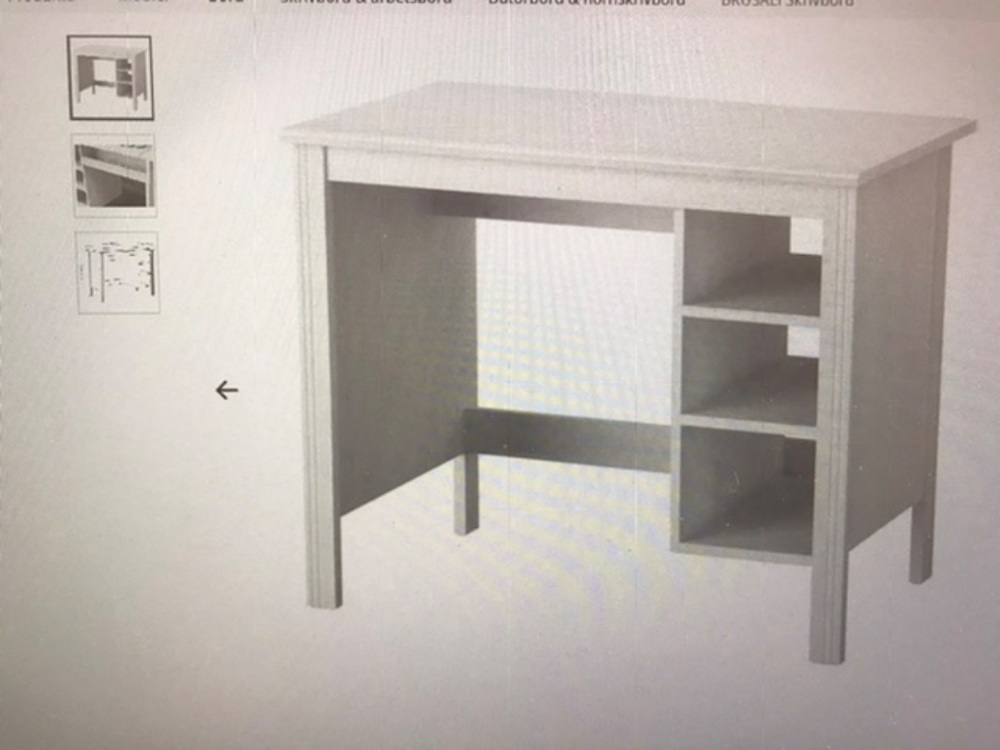 Skrivbord och stol bortskänkes