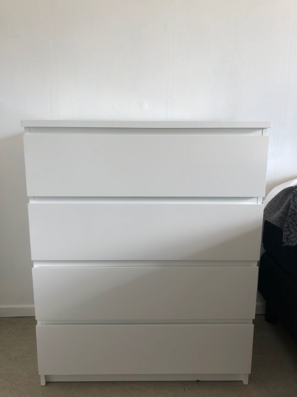 MALM Byrå 4 lådor IKEA