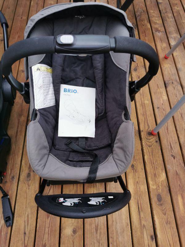 Brio babyskydd inkl dockningsstation