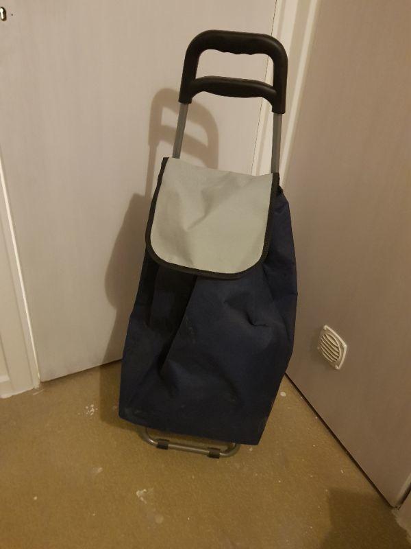 Shoppingvagn/dramaten väska