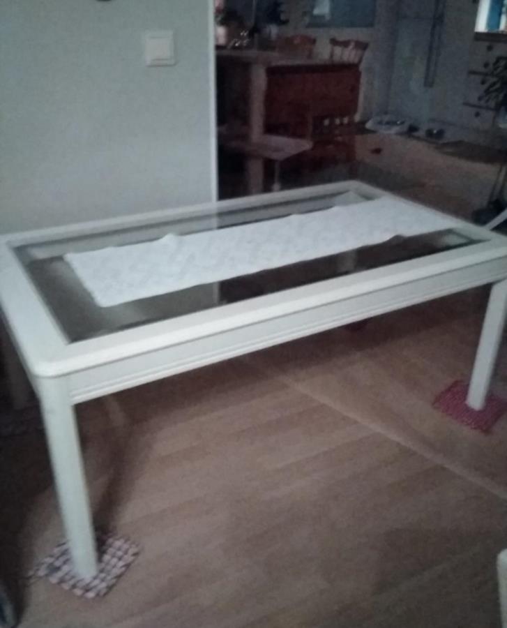 Fåtöljer och soffbord litet sidebord