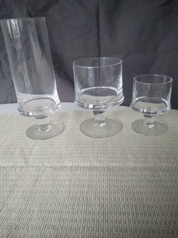 Glas, assiett och skål