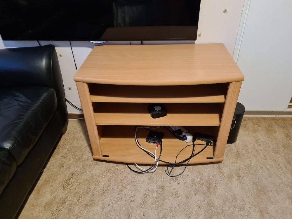 Soffa tv bänk