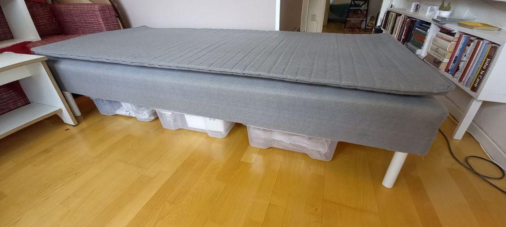 Säng Ikea, hyllor Ikea