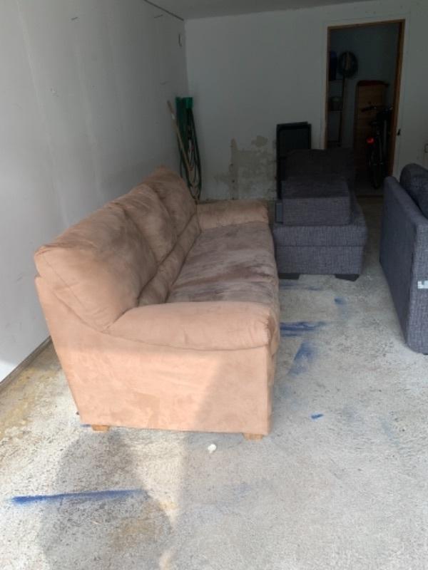 3 sits soffa och bäddsoffa med schaslång