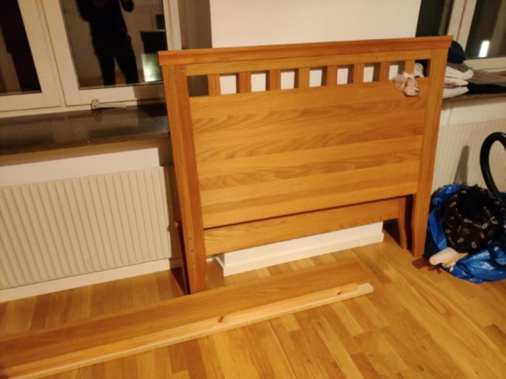 Sänggavel 120 cm ek