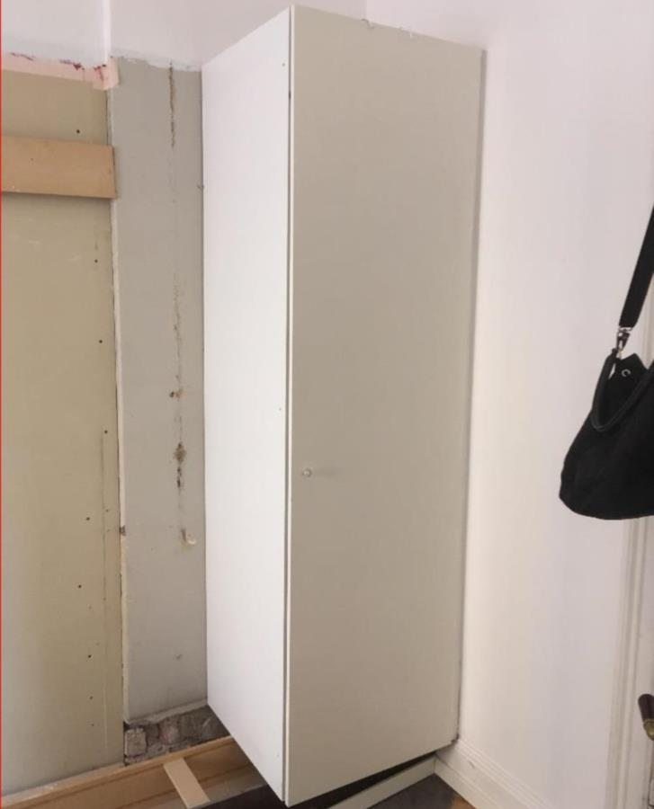 2 st Garderober