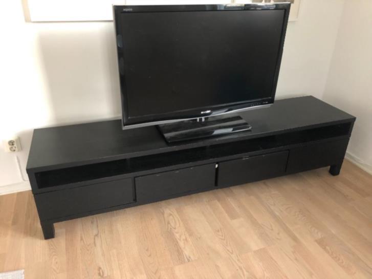 TV-bänk, matbord + billysbpkhylla