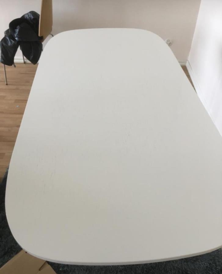 Bortskänkes bord