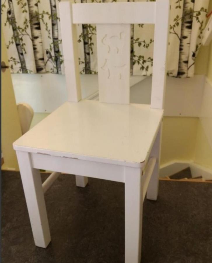 """4 x barnstolar """"Kritter"""" från IKEA"""