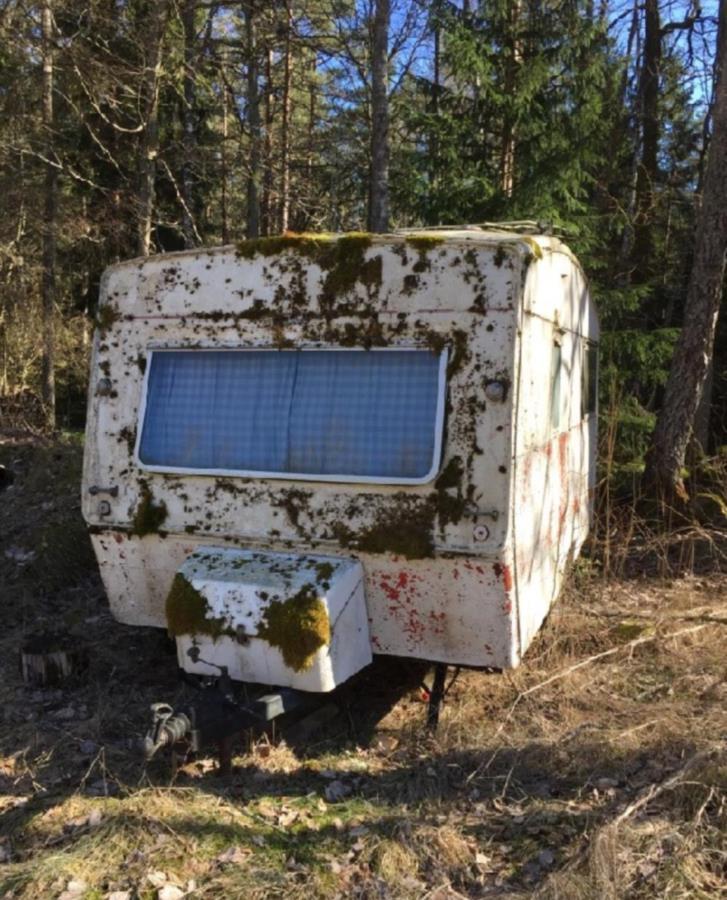 Husvagn bortskänkes