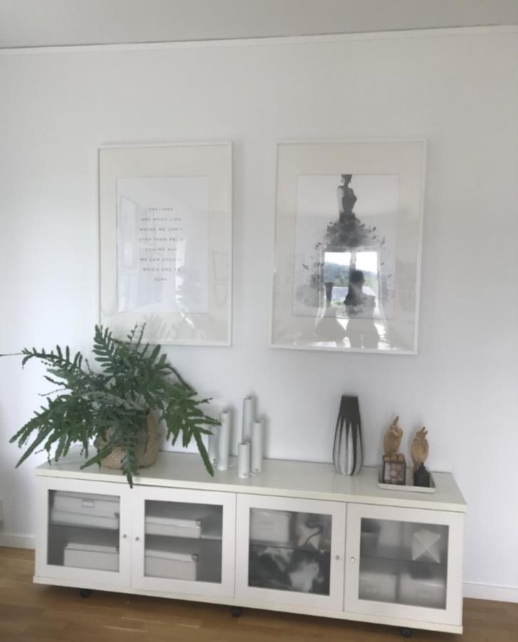 Vit förvaringsmöbel IKEA